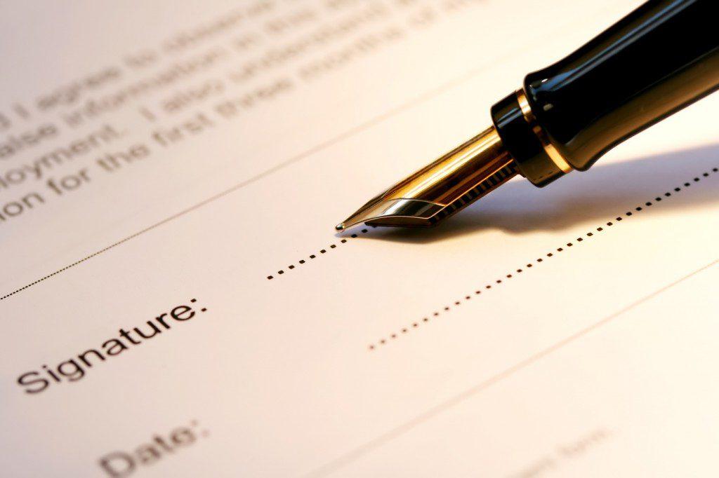 assinando-assinatura-documento-conselheiro-carf