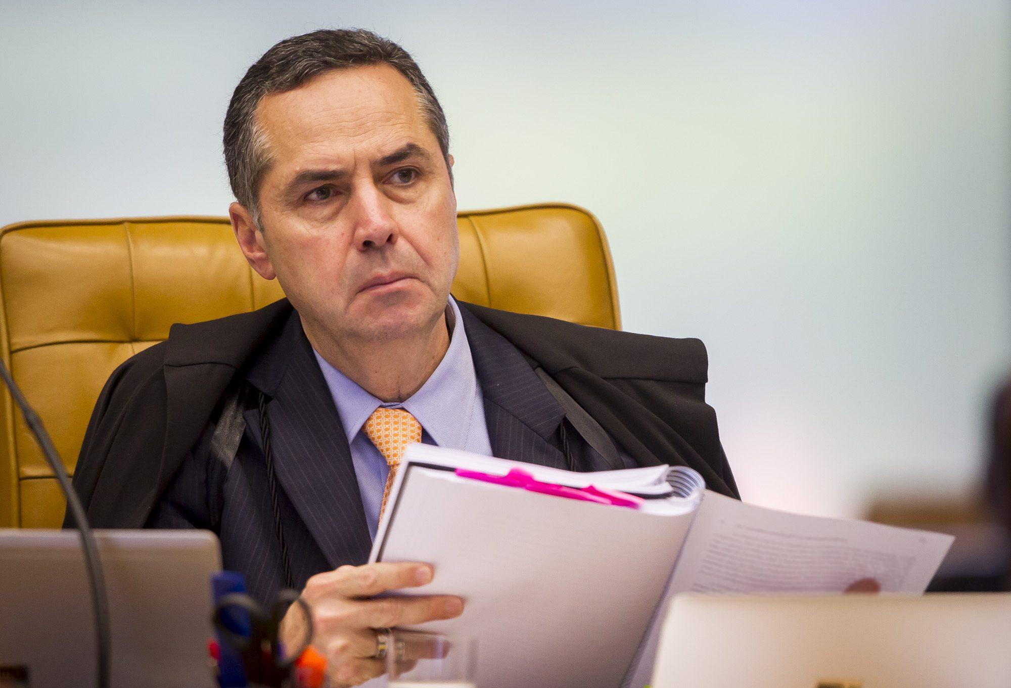 Barroso altera pontos do indulto de Natal editado por Temer