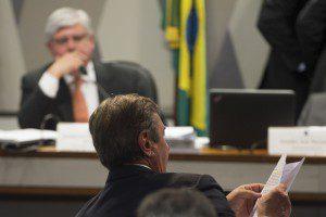 Collor sabatina Rodrigo Janot na CCJ (Marcelo Camargo/Agência Brasil)