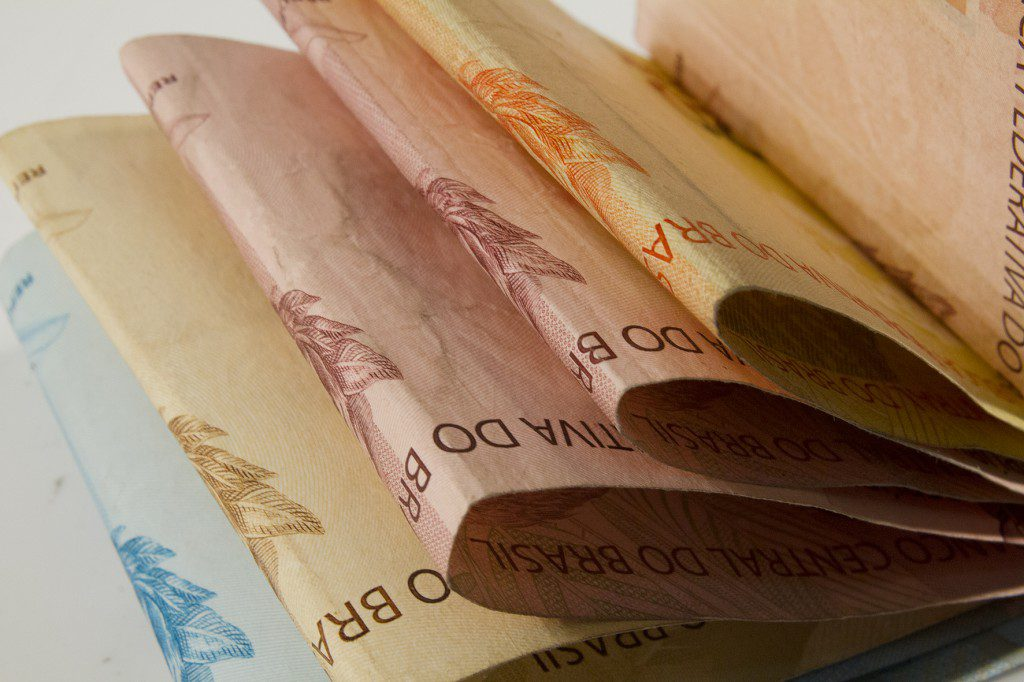 Refis Cédulas de dinheiro. Foto: Marcos Santos/USP Imagens