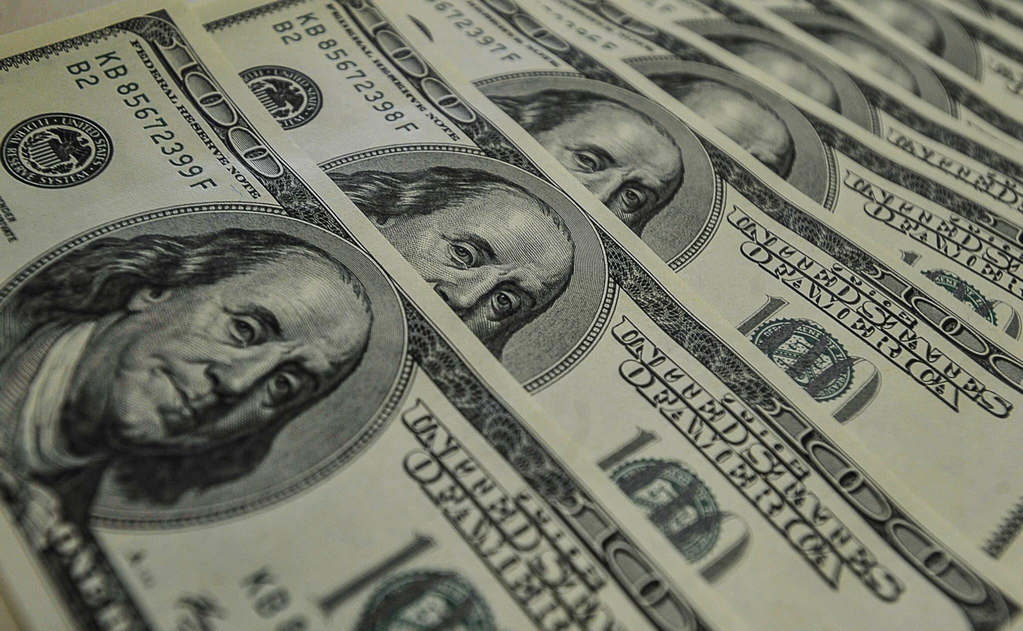 dollar-dolar-doleiro