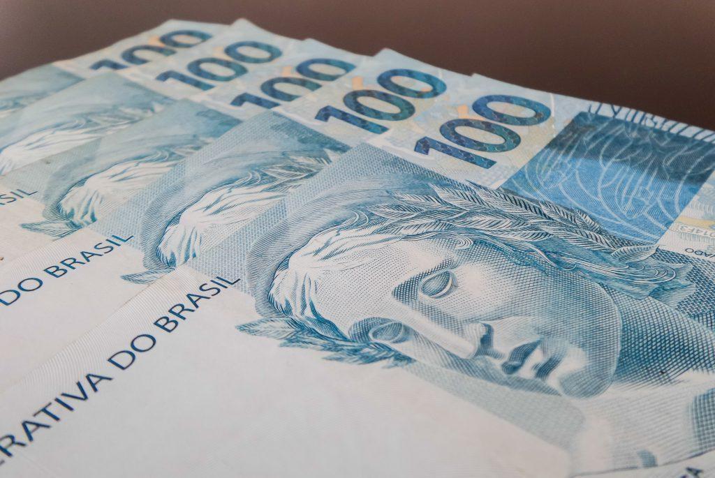 Governo zera alíquotas de IOF para crédito e estende prazo para entrega da declaração de IRPF