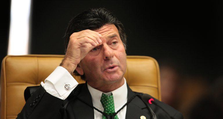 Luiz Fux determina auditoria em urnas eletrônicas 1h antes de votação