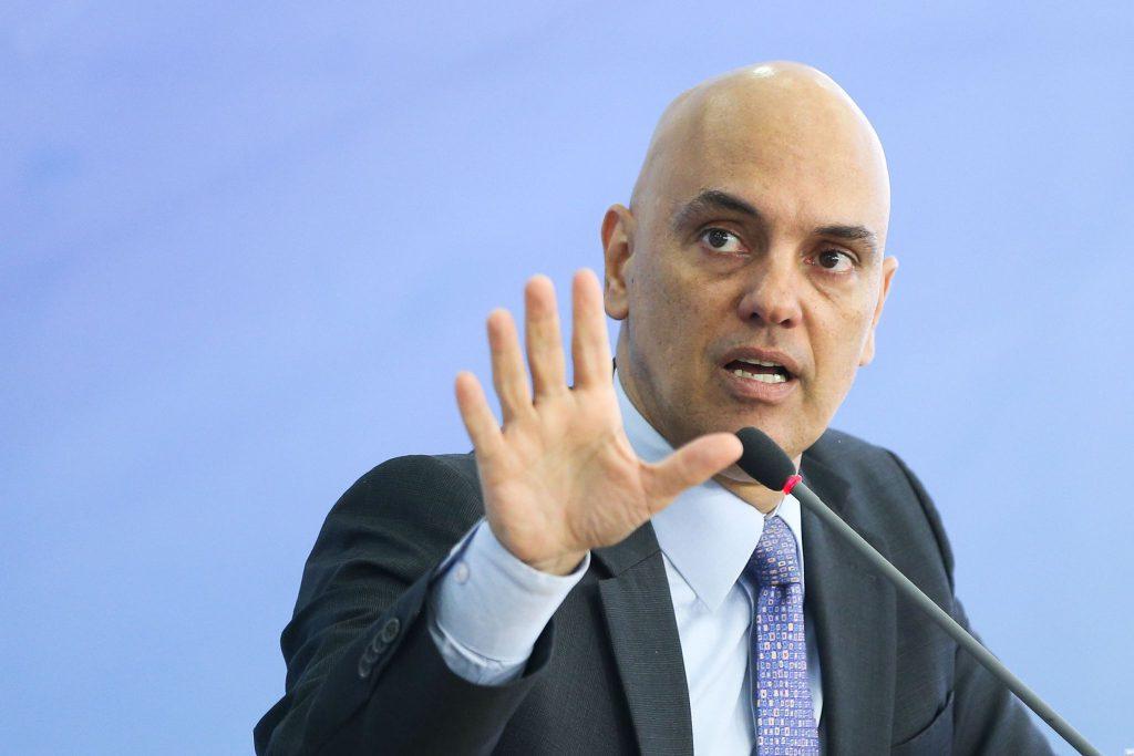 Moraes - MP-CE