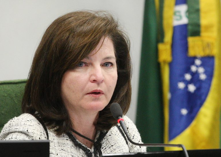 Raquel Dodge denuncia decreto de Michel Temer no STF — Indulto de Natal