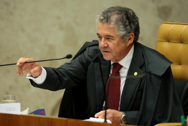 Carlos Moura  STF