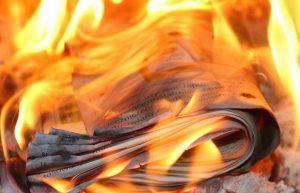fake news incêndio