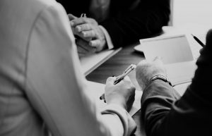 Mediação e arbitragem; cursos de relgov