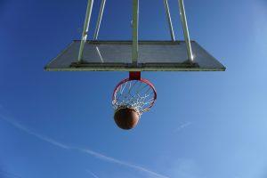 Rede Globo tem de usar nome original de equipe de basquete em transmissões