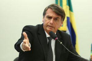 MPF pede indenização seis vezes maior para Bolsonaro por declarações ofensivas Bolsonaro