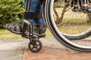 wheelchair-cadeira-rodas-tetraplegia-paraplegia-bala-perdida