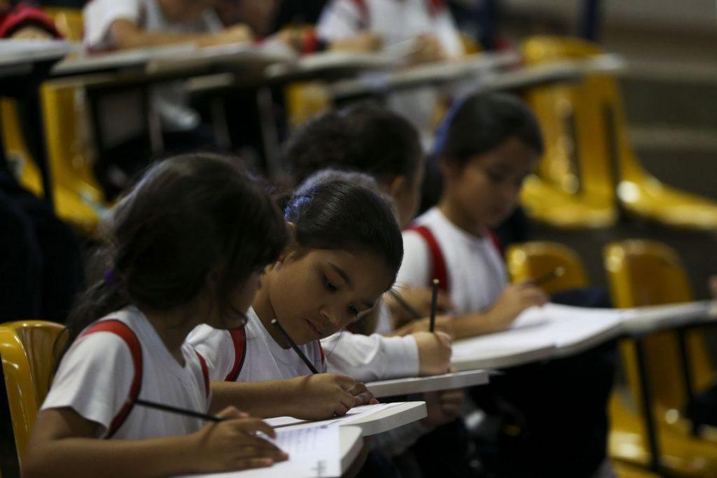 Escola sem Partido. pesquisa benefícios fiscais paraeducação