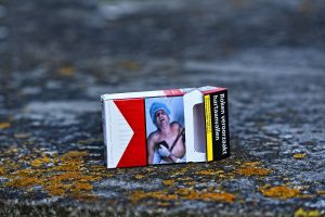 maços de cigarro