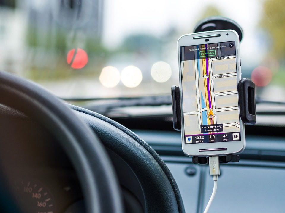 transportes; Uber