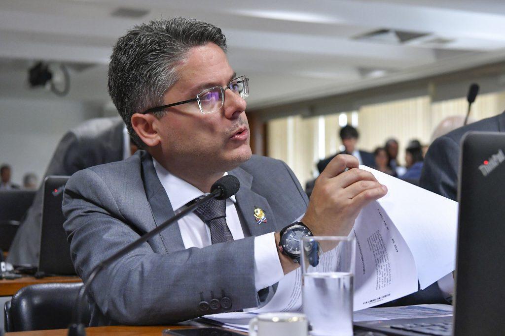 20b6399c9481 Senador pedirá impeachment de Toffoli e de Moraes. Para ele, PGR já ...