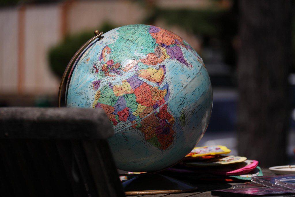 globo-globalização-mundo
