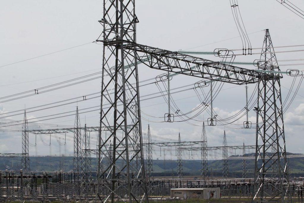 eletrobras setor elétrico empréstimos compulsórios aneel cortes