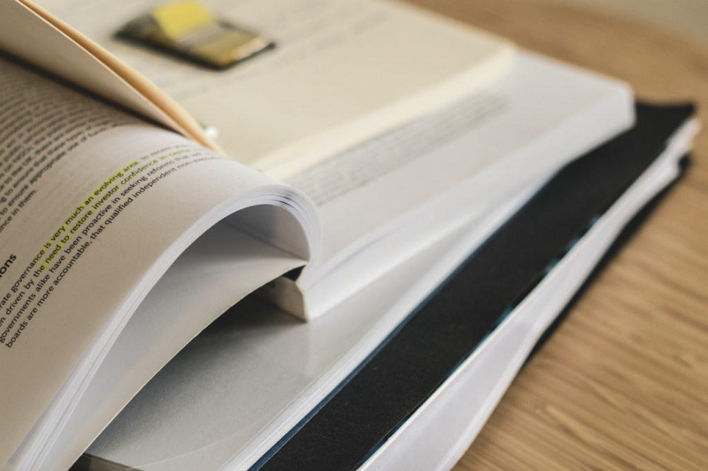 Livros: formalismo e busca pela verdade material