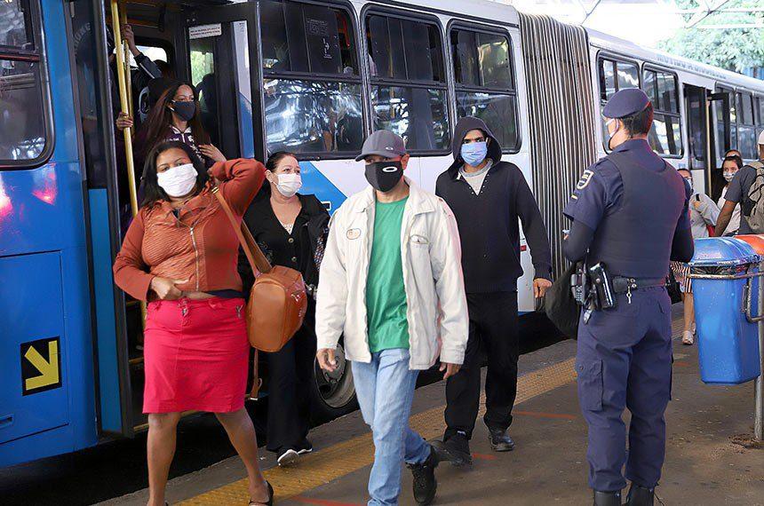 veto uso de máscaras